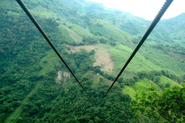 zipline-adventure-travel-colombia-sarepa
